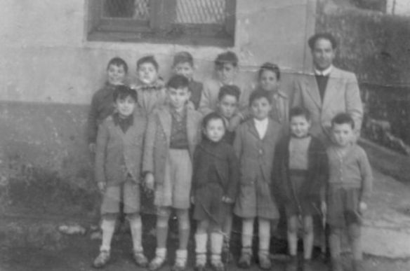 1949-escuela-larrasquitu-640x640x80