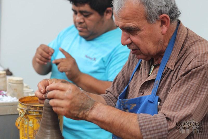 artesano-trabajando-jalisco