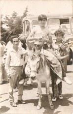 Año 1970 - Excursión del Carmen, en la foto con la chapa de organización, el famoso y popular Juanillo el Bombilla