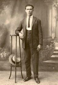 Jacinto Mariano Torres Pérez. Vendedor marítimo. Probablemente años 20.