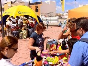 Patricia, ayudando y haciendo todo lo que puede por La Isleta y por los que más lo necesitan... muchas gracias...