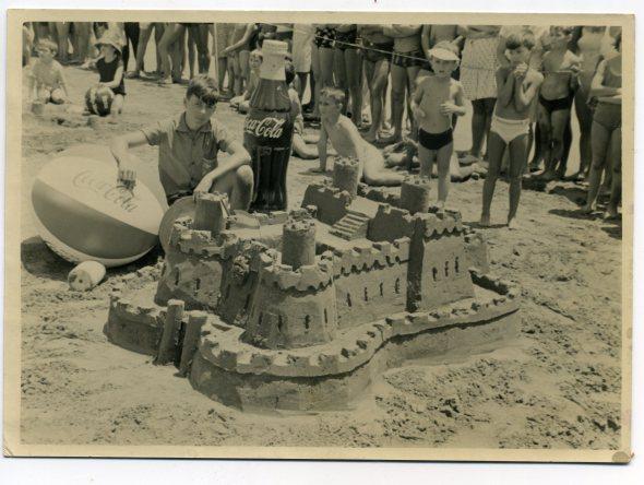Antonio Ramírez. Subcampeon mundial de castillos de Arena y campeon de España, en al Playa de Las Canteras, en los años 60. Foto de Delia Vega