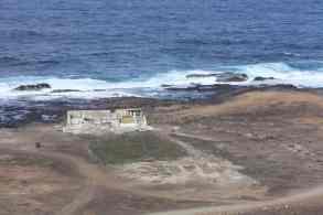 Vista desde las Coloradas de lo que queda de estas Fábricas de Salazón tras lo derribos de 2012.