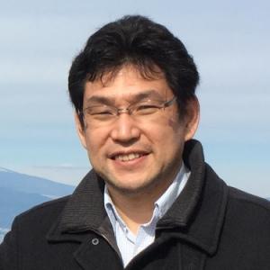 川鍋 一晃(Motoaki Kawanabe)