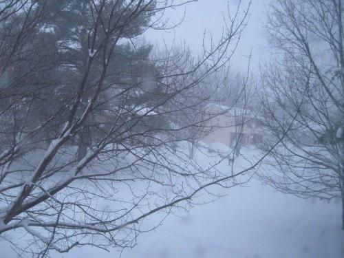 snowstorm-blizzard-snowzilla