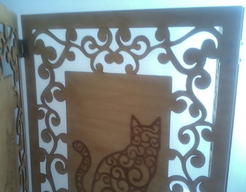 cat-privacy-screen