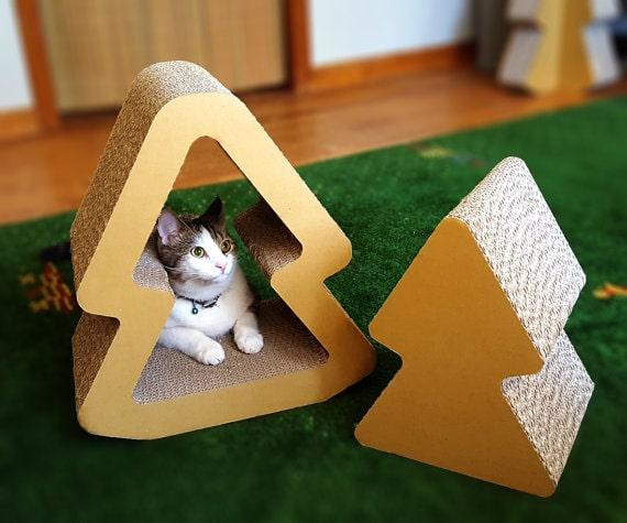 nesting-tree-cat-scratcher