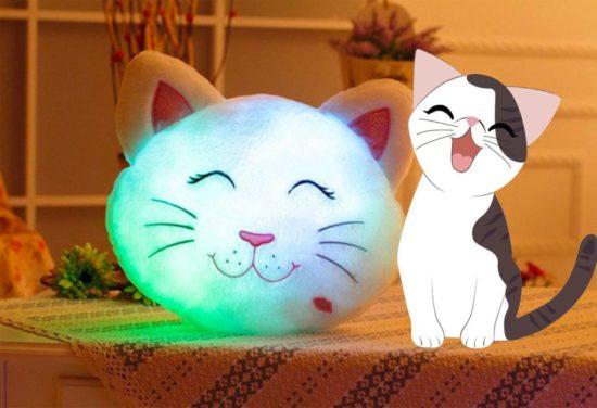 LED_Cat_Pillow_lit_up