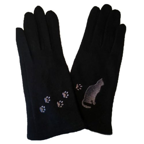 Black_Cat_with_Paws_Gloves