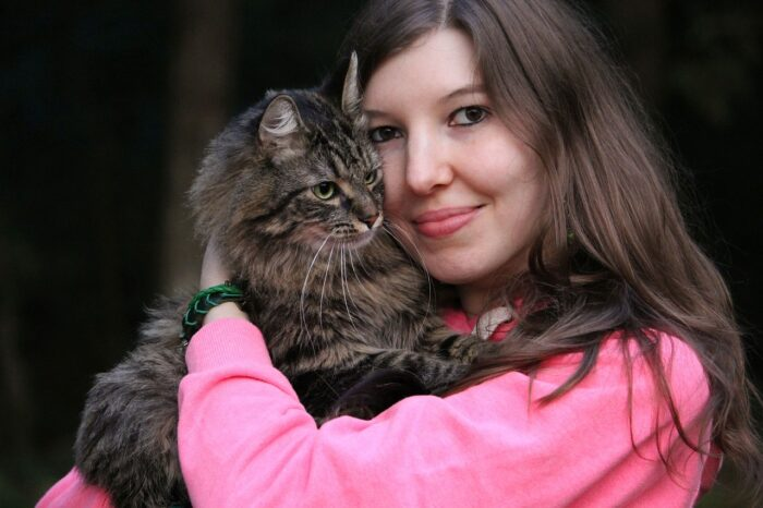 cat-with-woman