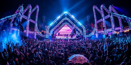 EDCLV 2019 - stereoBLOOM