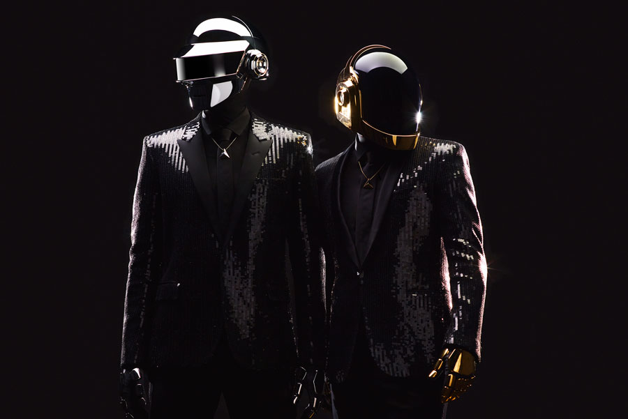 Daft Punk announces split