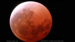 A photo of the first total lunar eclipse of 2014 taken from Arizona. Credit: Ron Delvaux via The Virtual Telescope Projec