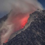 Solar Explosion, Mount Sinabung Eruption, Moon Tubes | Earth & Space News April 5, 2015