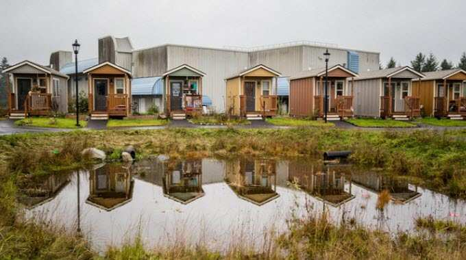 Homelessness-Tiny-House-Village-compressed