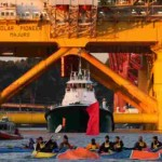 As Shell Drilling Rig Aims For Arctic, Waves of Kayaks Block the Way