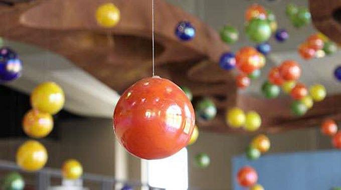 strange-behavior-quantum-particles-parallel-universes