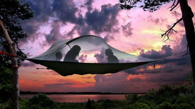 suspended-tent-compressed