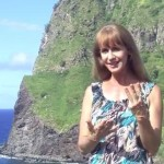 3 Life Lessons of the Heart Chakra for More Love & Compassion