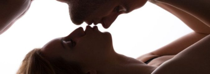 """Outercourse"" Anyone? 6 Ways to Be Sexual Without Penetration"