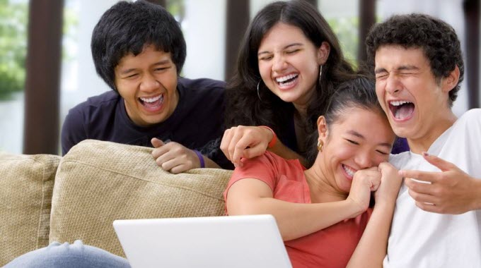 people laughing - researchers establish mathematical theory of humor