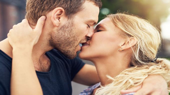 How to kiss a woman passionately