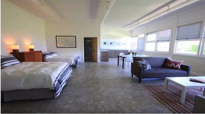 BnB bedroom-compressed