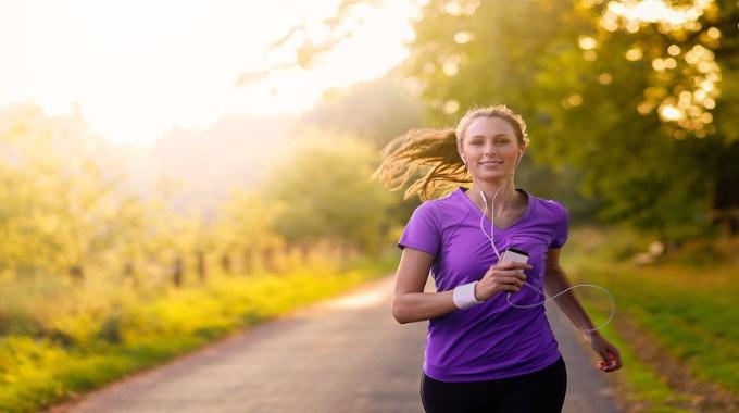 Woman Jogging-compressed