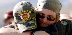 thank-you-for-your-service-hug