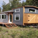Alaskan Mom Builds Lovely Tiny House and Is Sharing the Plans for FREE (Check Out This Video!)