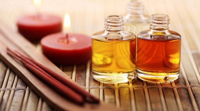 essential-oils-featured