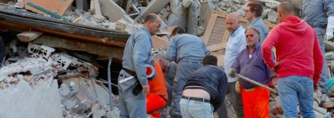 Italy Earthquake Devastates Several Towns Kills Dozens – Rescue Efforts Underway [Video]