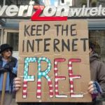 Shouting #StoptheFCC, Net Neutrality Defenders Target Lawmakers and Verizon Nationwide