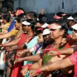 "Historic Moment for Equality in India as Millions Link Arms to Form 400-Mile ""Women's Wall"""