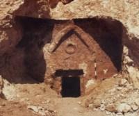 The_Talpiot_Tomb_triangle_circle