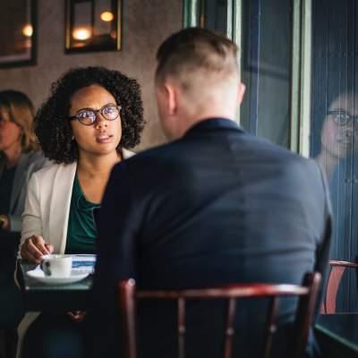 Comment réussir un entretien d'embauche grâce au storytelling ? 2 entretien d'embauche