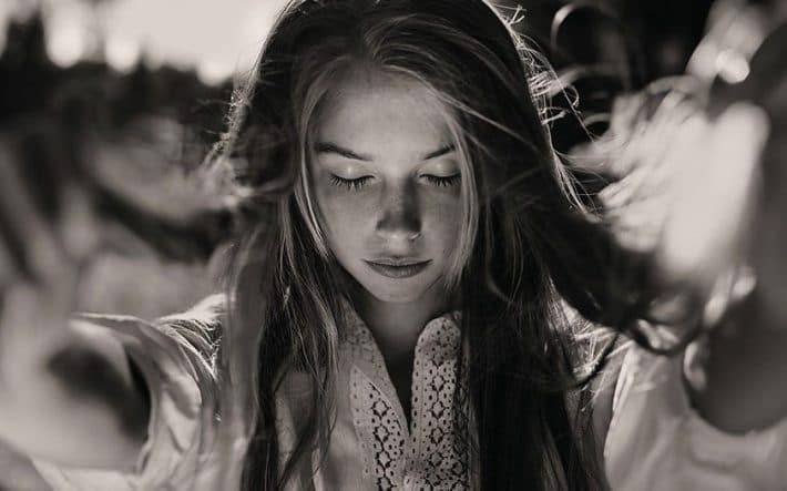 8 COSAS QUE LAS PERSONAS EMOCIONALMENTE INTELIGENTES EVITAN