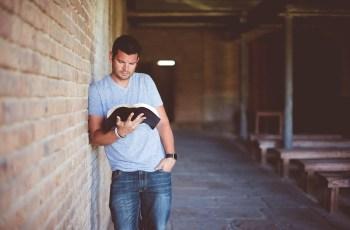 Como Li Toda a Bíblia em Menos de um Ano | 5 Formas