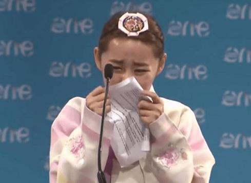 O discurso de Yeonmi Park - Coreana corajosa conta o drama que viveu em seu país de origem!