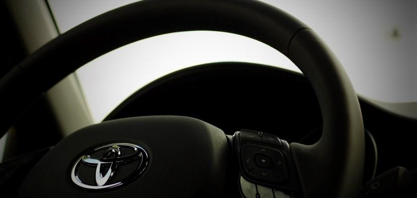 Toyota Highlander Hybrid Gas Tank Investigation Consider The Consumer