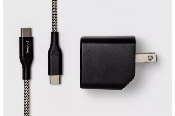 Target Heyday Chargers Class Action Lawsuit 2021 - Low Quality Chargers That Don't Work After A Week