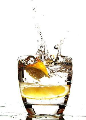 lemon water depurati col limone