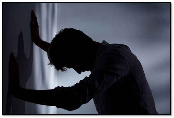 Como superar la angustia existencial
