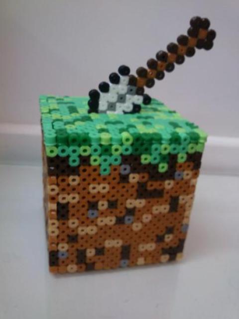 Hama Beads de Minecraft Cubo