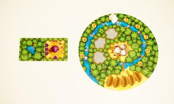Los recolectores adjuntos a una loseta de cenote avanzan por el río. En este caso, el jugador avanza tres casillas.