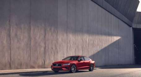 Volvo S60, élue Car Of The Year