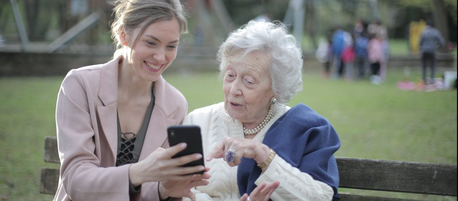How to help someone with dementia - support someone with dementia