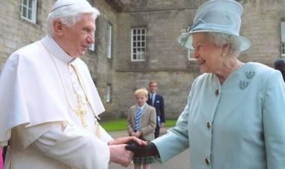 pope and queen secret handshake