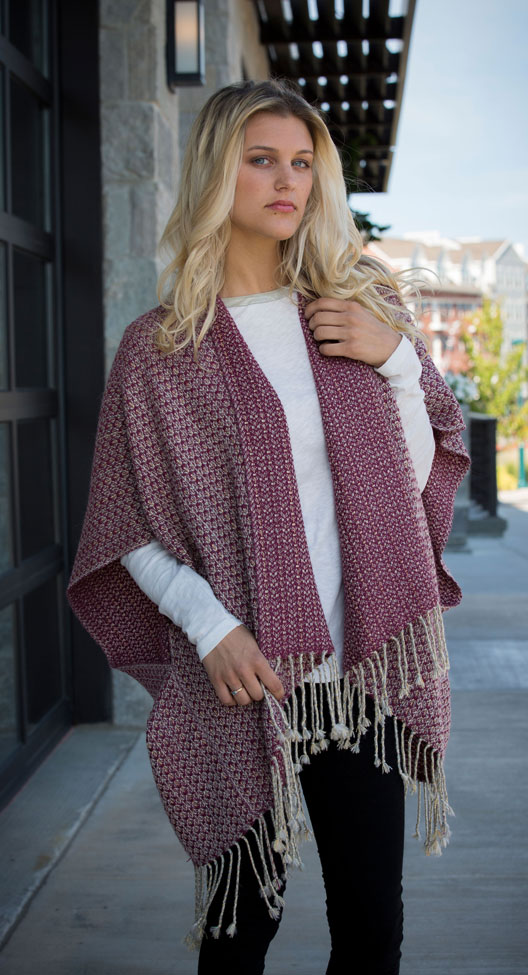 Reversible mulberry capelet
