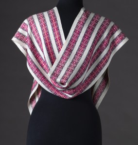 Luxurious silk blend reversible scarf – Sweet Corn